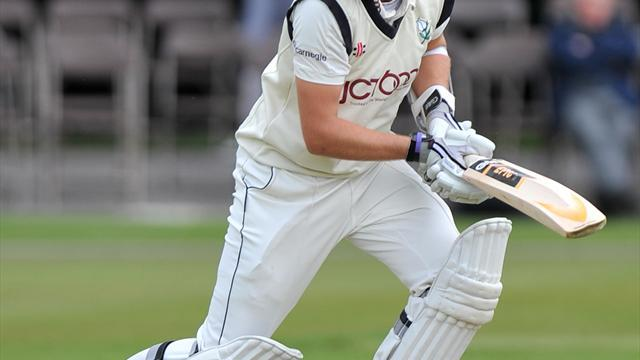 Cricket - Root revels in patient approach