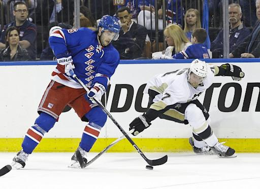 Crosby, Penguins get even with 4-3 win over Rangers