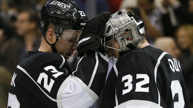 Ice Hockey - Kings down Blackhawks in late show