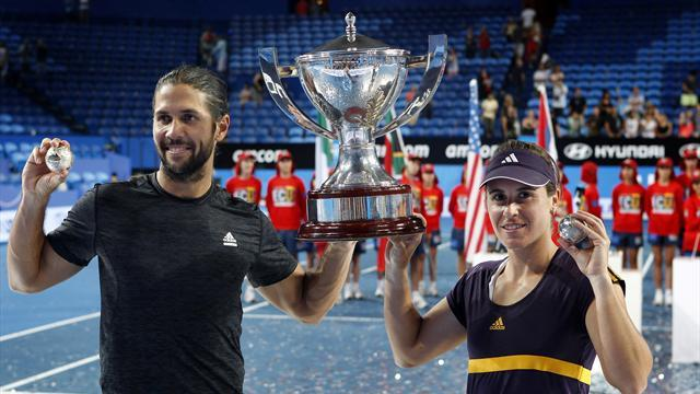Tennis - Spain shock Serbia in Hopman Cup final