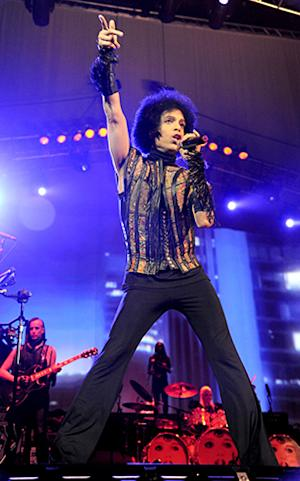 Prince Promises New Album and Remasters After Label Partnership