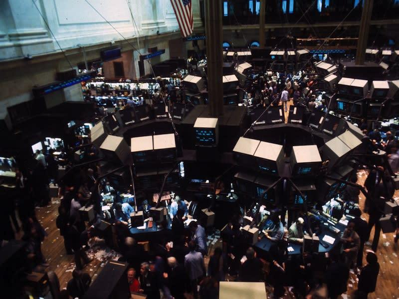 Wall Street non fa sconti, il Lunedì Cibernetico è senza strappi