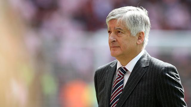 Premier League: FA chief Bernstein cannot stay after 70th birthday
