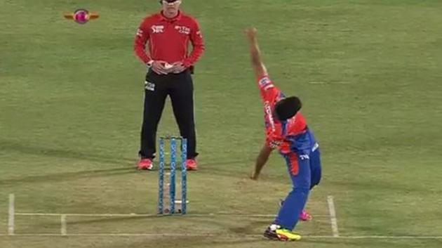 Aussies bamboozled by weirdest bowling action in cricket