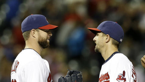 Kluber outpitches Hernandez in 2-0 win