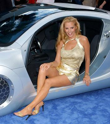 Cindy Margolis at the Los Angeles premiere of Twentieth Century Fox's I, Robot