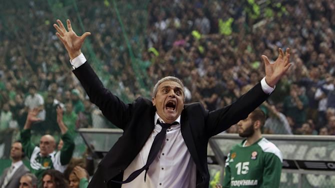 10ThingstoSeeSports - Panathinaikos' coach Argiris Pedoulakis reacts after a referee's decision during a Euroleague basketball match of Top 16 against Olympiakos at the Olympic Indoor Arena in Athens, Thursday, Feb. 20, 2014. (AP Photo/Thanassis Stavrakis, File)