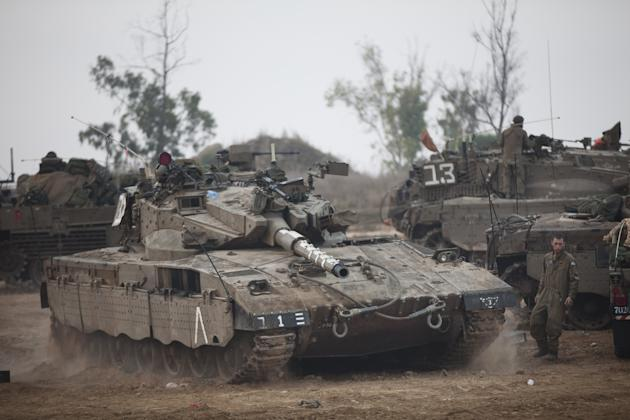 Israeli Troops Continue To Gather On Border As UN Call For Truce