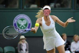 Unpitching: How NOT to Look Like a Total Idiot When You Pitch image Stratten as a tennis drag queen