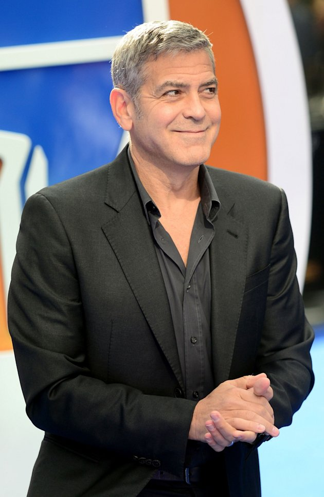 George Clooney at the Tomorrowland Premiere in London 17. May 2015 C11fa38fe22ec6466fade2abb93f9d0c