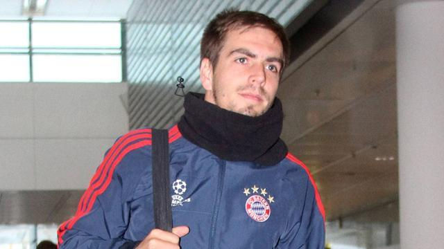 Bundesliga - Lahm out for two weeks with thigh injury