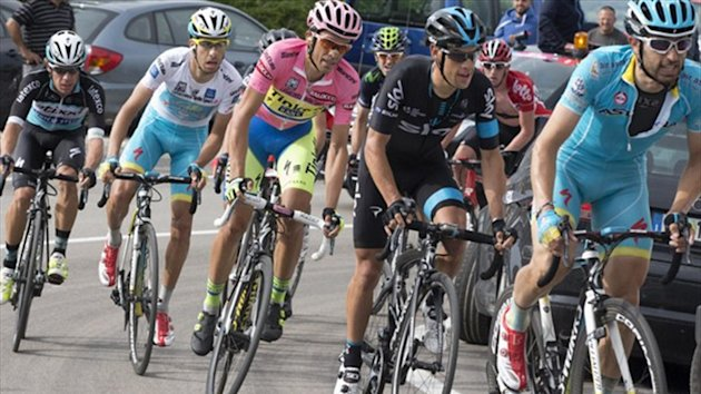 The 2015 Giro d'Italia: Aru, Cataldo, Contador, Porte and Uran