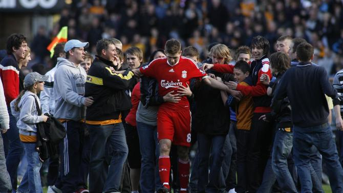 Hull City supporters mob Liverpool's Steven Gerrard  - Craig Brough (Action Images)