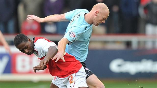 Football - Carr staying with Cod Army