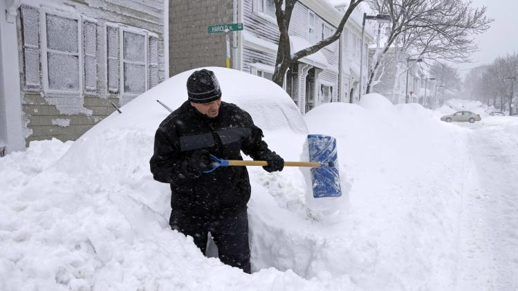 Storm blankets northeast with to feet of snow yahoo news