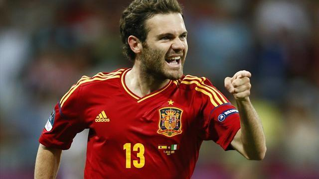 Football - Mata hopes United move will secure Spain spot