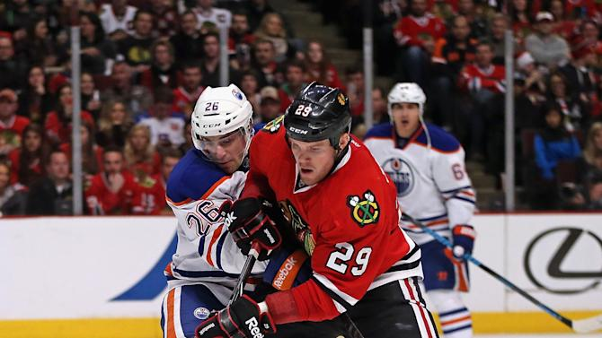 Edmonton Oilers v Chicago Blackhawks