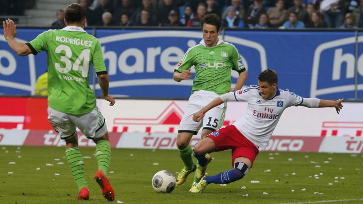 Hamburger SV's Ilicevic scores goal against VfL Wolfsburg during their Bundesliga soccer match in Hamburg