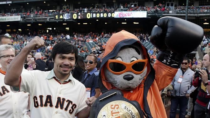 Posey goes 5 for 5 in 6 innings, Giants rout Brews