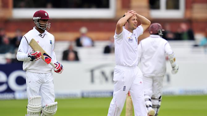 England cricketer Jonathan Trott (C) shows his frustration during the fourth day of the first Test against the West Indies at Lords cricket ground in London, England on May 20, 2012. AFP PHOTO/GLYN KIRK   RESTRICTED TO EDITORIAL USE. NO ASSOCIATION WITH DIRECT COMPETITOR OF SPONSOR, PARTNER, OR SUPPLIER OF THE ECBGLYN KIRK/AFP/GettyImages
