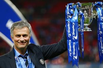 VIDEO: Mourinho called his wife during League Cup final celebrations