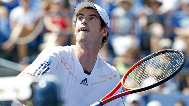Ailing Murray grinds past Lopez at the US Open