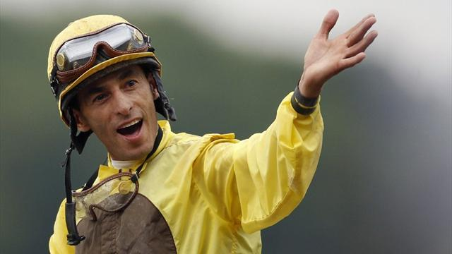 Horse Racing - Velazquez tastes victory in New York
