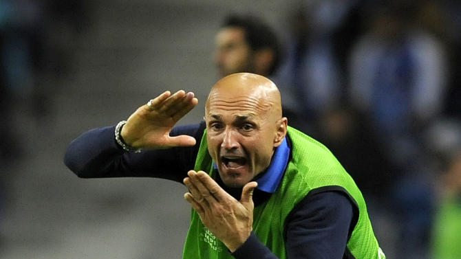 Zenit coach Luciano Spalletti, from Italy, shouts instructions from the touch line during the Champions League group G soccer match between FC Porto and Zenit Tuesday, Oct. 22, 2013, at the Dragao stadium in Porto, northern Portugal. Zenit won 1-0