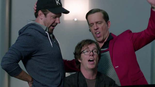 'We're the Millers' Deleted Scene: Waterfalls