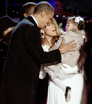 President Obama Meets Mariah Carey's Daughter Monroe: See the Cute Picture!