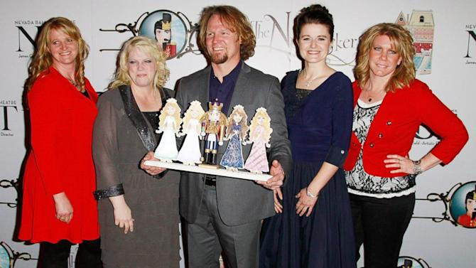 'Sister Wives' Star Wins Case Against Polygamy Ban