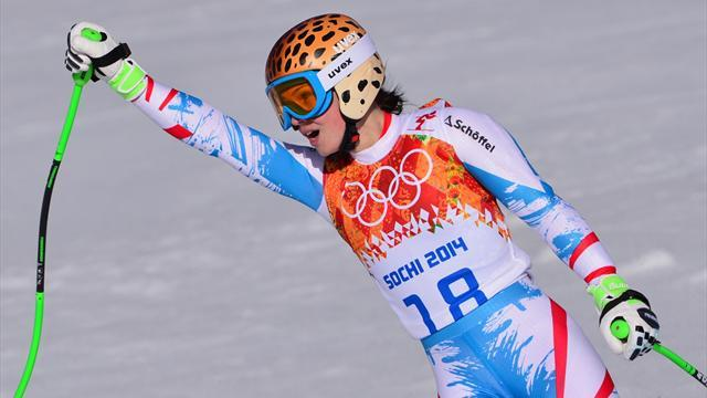 Alpine Skiing - Fenninger wins amid Super-G carnage