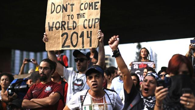 World Cup - Anti-World Cup protest draws over 2,000 in Sao Paulo