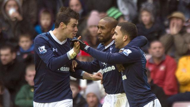 Premier League - Lennon fires Spurs past Sunderland