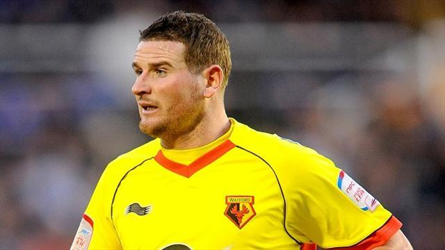League One - Bradford sign Yeates from Watford