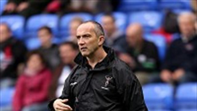 Rugby - O'Shea jolted by Quins setback