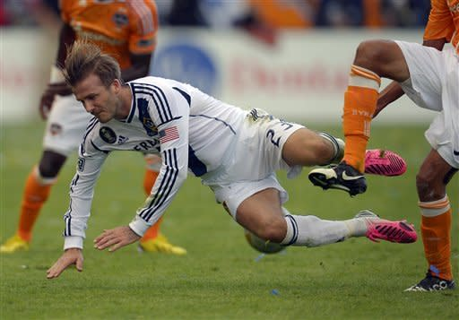 Beckham wins 2nd MLS title, Galaxy beat Dynamo 3-1