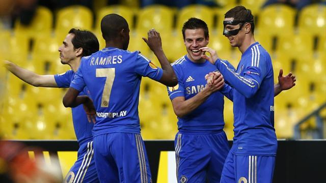 Europa League - Benitez praises Torres as Chelsea reach Europa semis