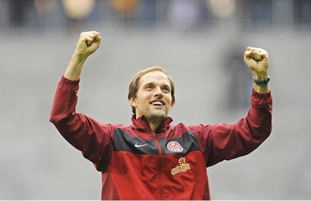 SPO03. Munich (Germany), 25/09/2010.- (FILE) A file picture dated 25 September 2010 of Mainz' head coach Thomas Tuchel celebrating after the German Bundesliga soccer match between FC Bayern Munich