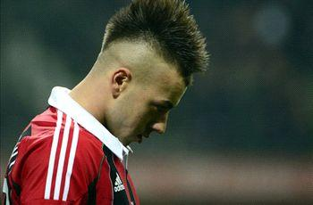 No Manchester City offers; El Shaarawy won't leave AC Milan - agent