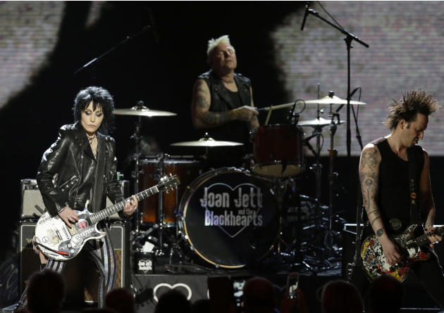 Joan Jett & the Blackhearts perform at the Rock and Roll Hall of Fame Induction Ceremony Saturday, April 18, 2015, in Cleveland. (AP Photo/Mark Duncan)