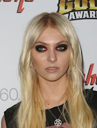 Taylor Momsen poses topless for men's magazine
