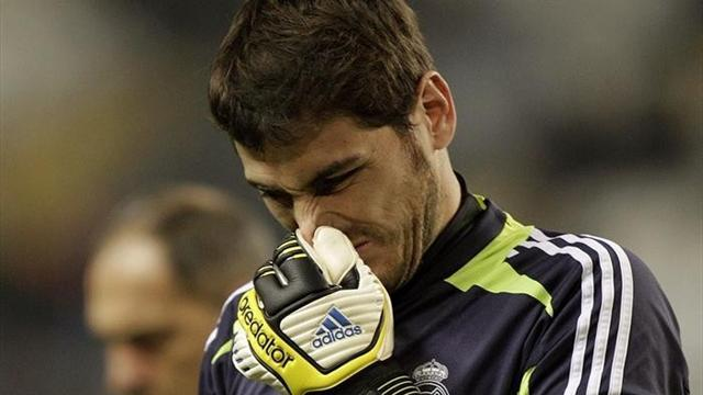 Liga - Real sign Lopez as Casillas out for up to 12 weeks