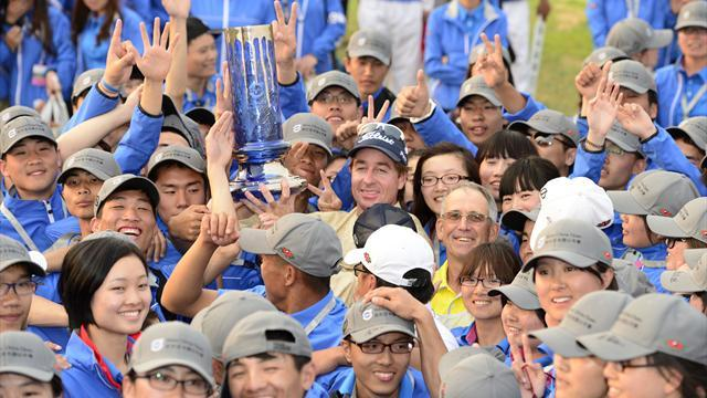 Golf - Red-hot Rumford romps to China Open win