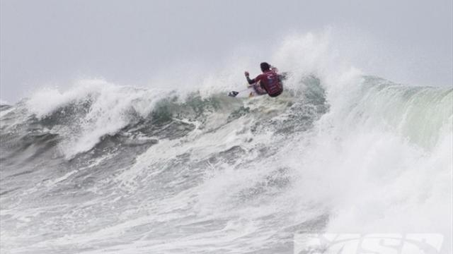 Surfing - Supreme Smith shines at Bells Beach
