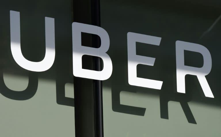 Gobierno anuncia impuestos para Uber, Netflix, Spotify y otras empresas digitales