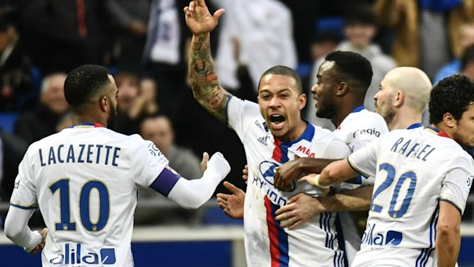 VIDEO: Memphis stars as Lyon run riot