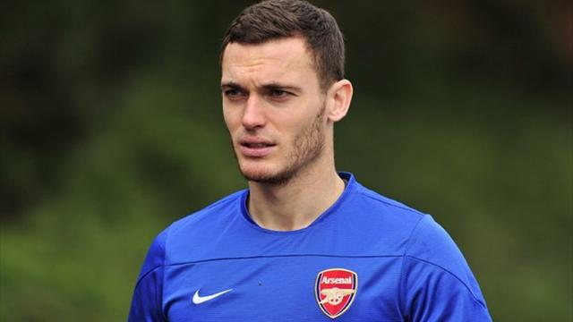 Premier League - Vermaelen: Arsenal squad want Wenger to sign new contract