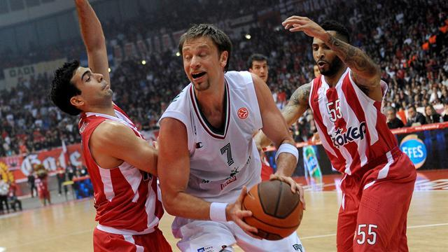 Basketball - Real, Olympiakos extend perfect Euroleague starts