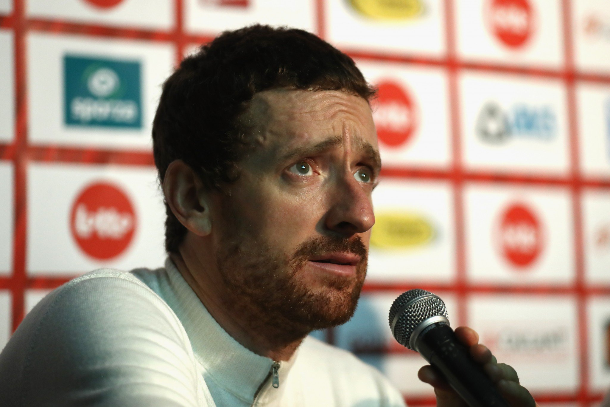Sir Bradley Wiggins has hit back at those accusing of him of being a drugs cheat
